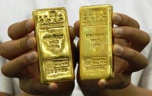 यात्री से 2 किलो सोना बरामद